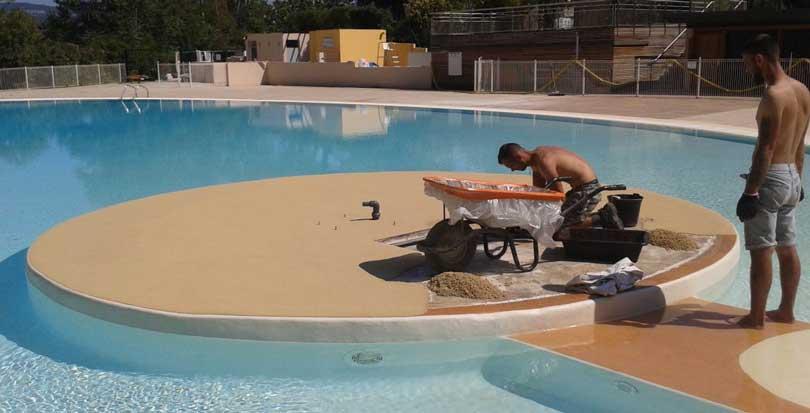 sol souple piscine