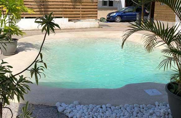 piscine lagon Ballgom